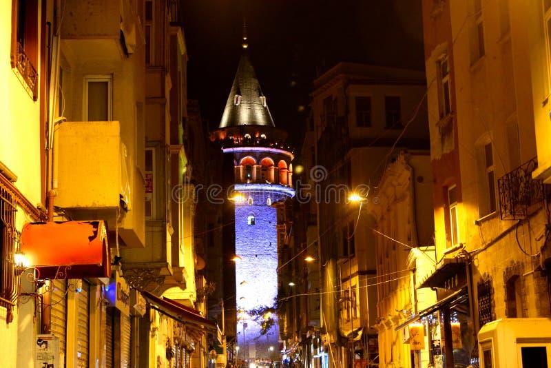 Galata-Turm, Istanbul-Nachtszene lizenzfreies stockbild