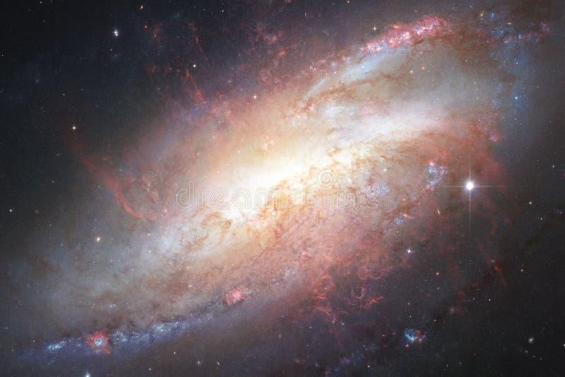 Galax någonstans i djupt utrymme Skönhet av universum arkivbilder