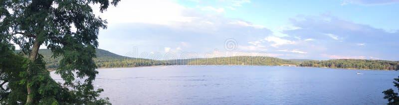 Galena del lago, parque del valle de la paz imagenes de archivo