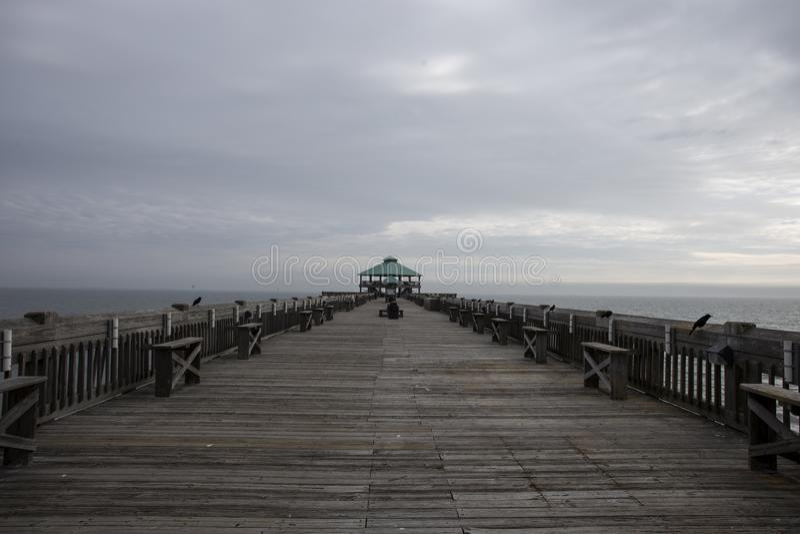 Galenskapstrand Pier Top Side royaltyfria foton