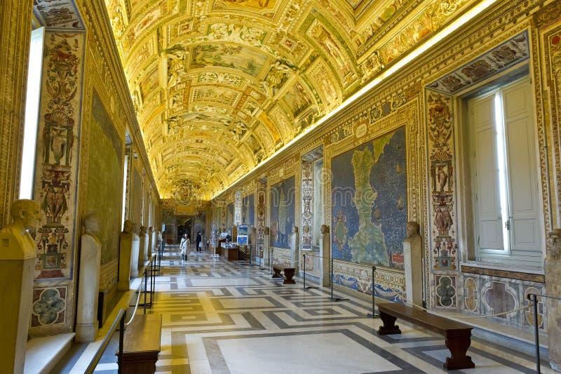 Galería de mapas, museo del Vaticano fotos de archivo