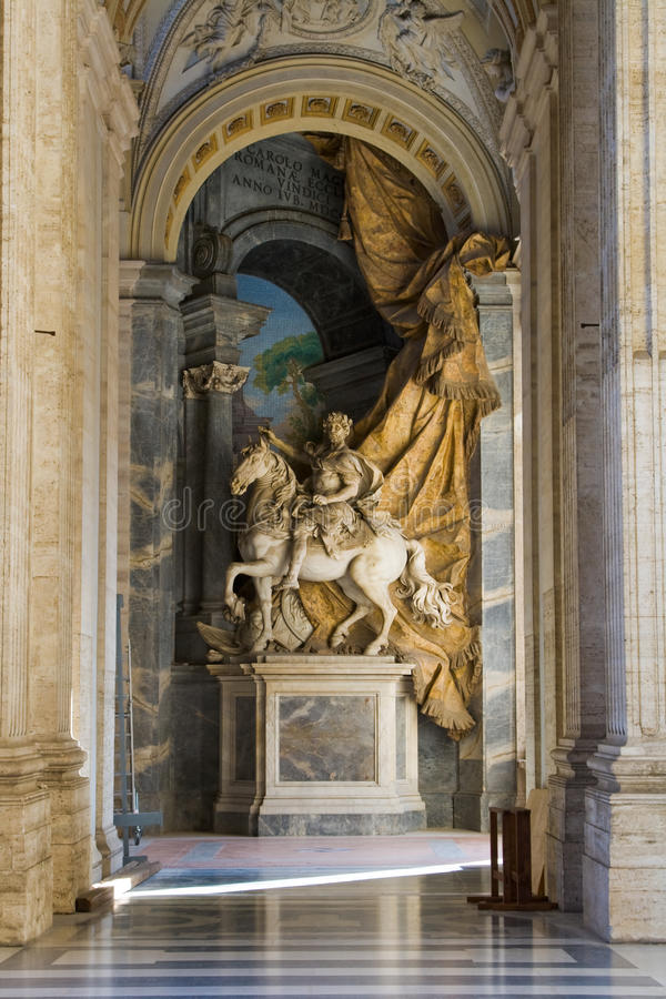 Galeria da basílica de Peter de Saint. foto de stock