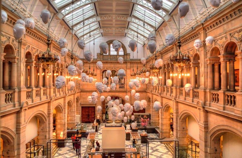 A galeria de arte de Kelvingrove e o museu, Glasgow, Escócia imagem de stock royalty free
