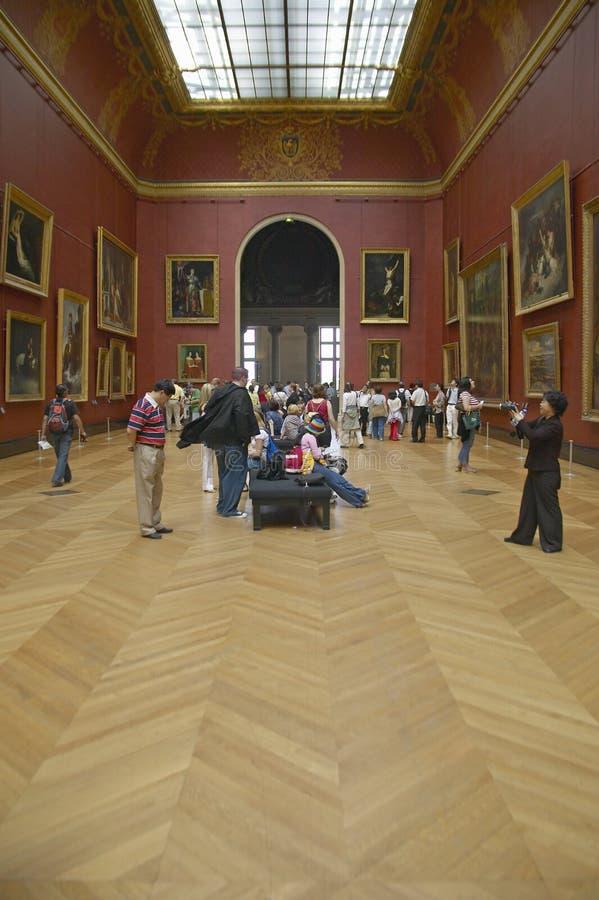 Galeria europeia no museu do Louvre, Paris, França imagens de stock royalty free