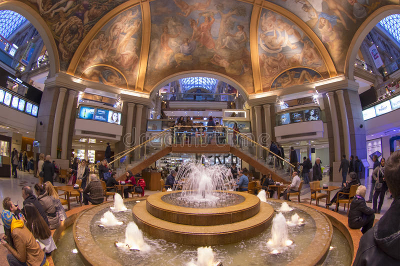 Galerias Pacifico, Winkelcomplex in Buenos aires, Argentinië stock foto
