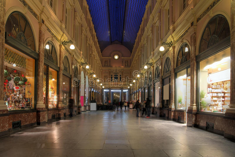 Galerias reais de St-Hubert, Bruxelas, Bélgica fotografia de stock royalty free