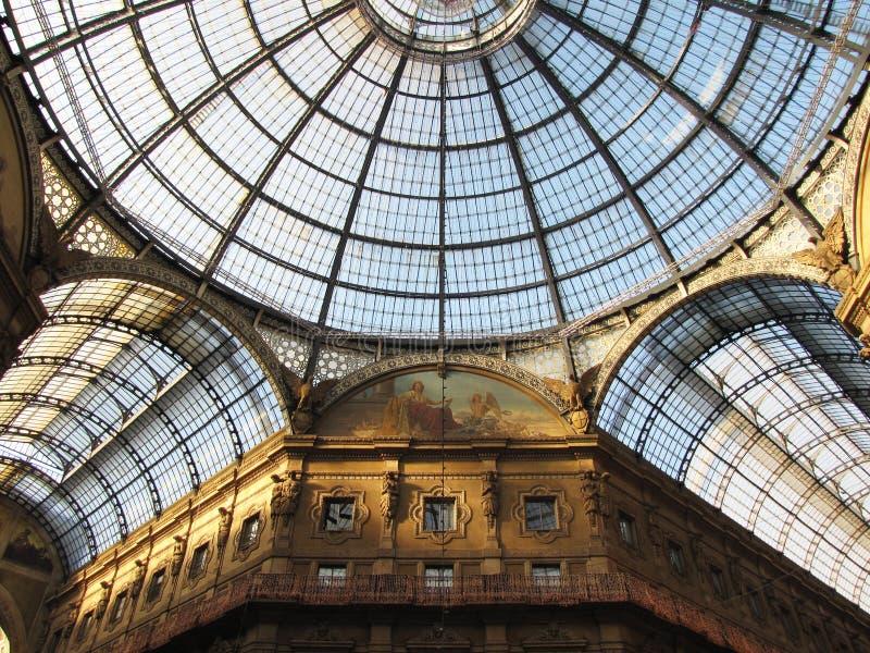 Galerie in Mailand lizenzfreie stockbilder