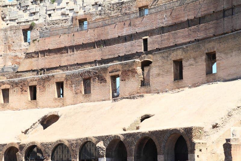 Galerie von Colosseum lizenzfreies stockbild