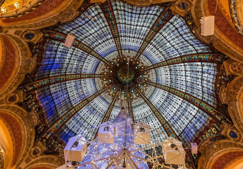 Galeries拉斐特,巴黎圆顶和玻璃  免版税库存图片