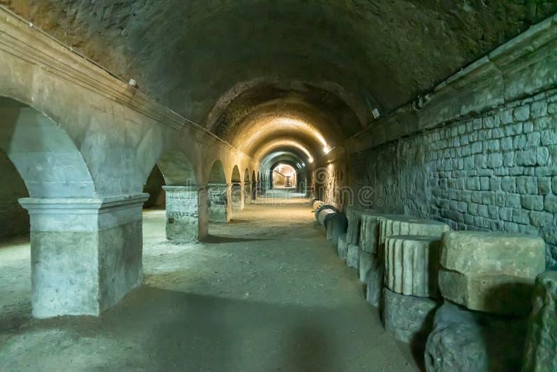 Galeries de forum chez Arles en France photo libre de droits