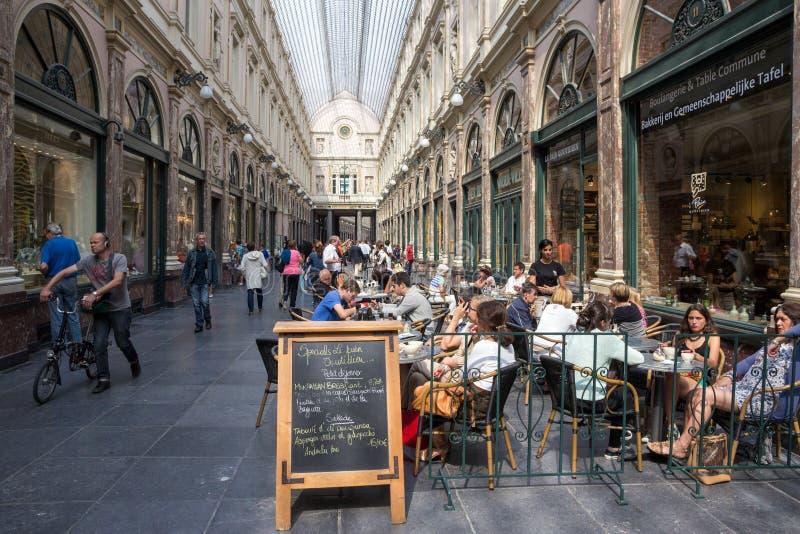 Galeries royales de Saint-Hubert à Bruxelles photos stock