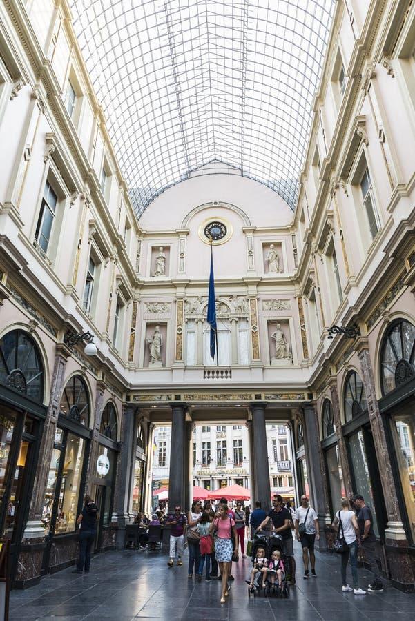 Galeries Royales Heilige Hubert in Brussel, België stock afbeeldingen