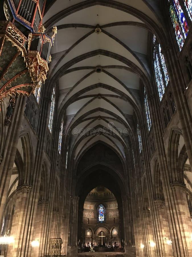 Galerij binnen kathedraal in Straatsburg royalty-vrije stock foto
