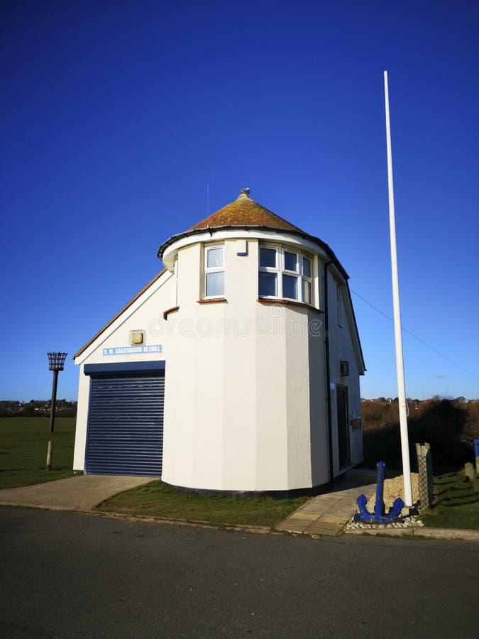 Galery wzgórza straży wybrzeżej punktu obserwacyjnego budynek przy Bexhill, East Sussex, Anglia obraz stock