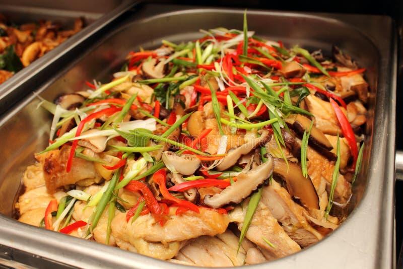 Galinha Culinária-cozinhada com Chili Sauce imagens de stock royalty free