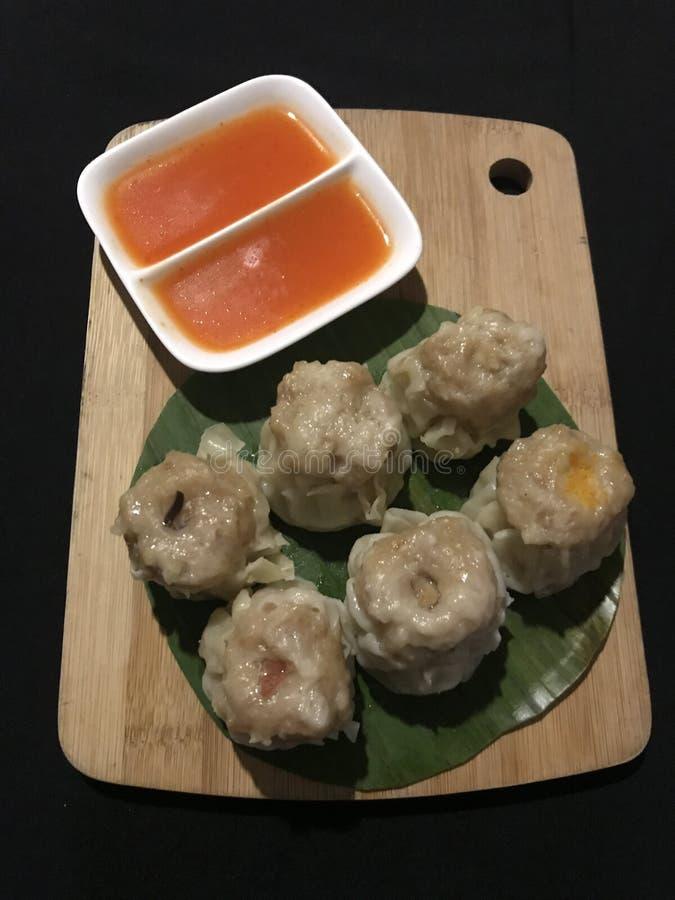 Galinha Dim Sum cozinhado no estilo cantonês imagem de stock royalty free
