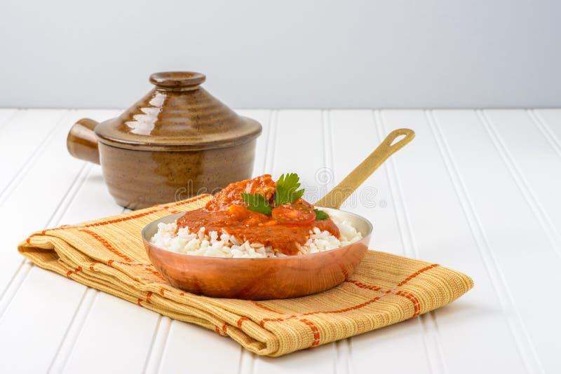 Galinha e arroz da manteiga imagem de stock