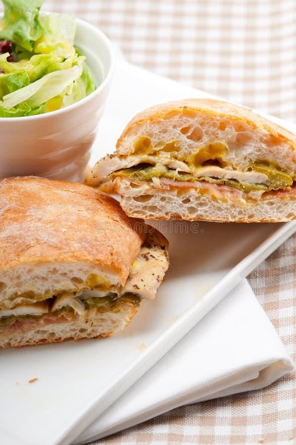 Galinha italiana do sanduíche do panini do ciabatta fotos de stock