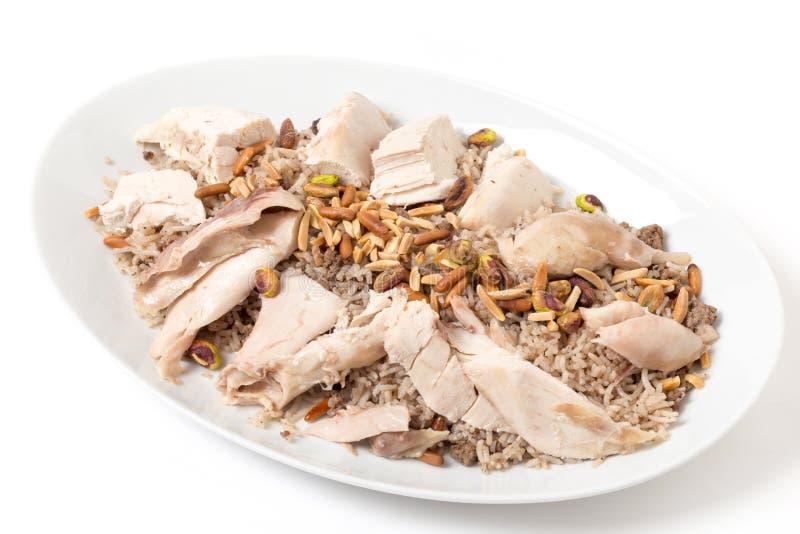 Galinha libanesa e prato de serviço temperado do arroz imagem de stock royalty free