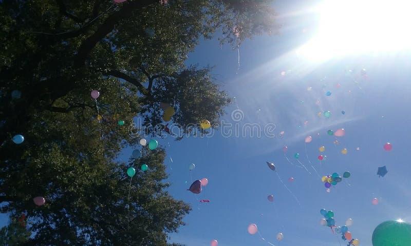 Galleggiamento dei palloni fotografia stock libera da diritti