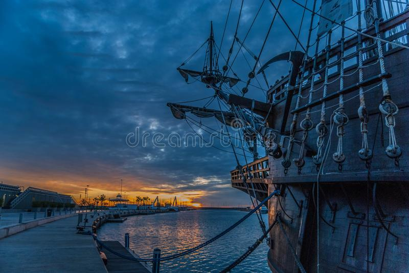 Galleon захода солнца Валенсии стоковое изображение