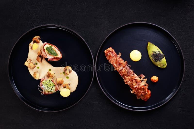 Galler- och biffrestaurangmeny, kött och skaldjur arkivfoton