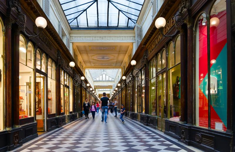 Galleri Vero-Doda Galerie Véro-Dodat, Paris, Frankrike fotografering för bildbyråer