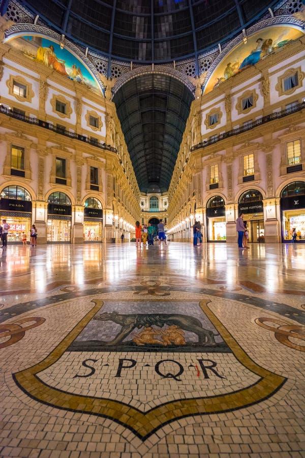 galleria ΙΙ του Emanuele vittorio της Ιταλίας Μ στοκ εικόνα