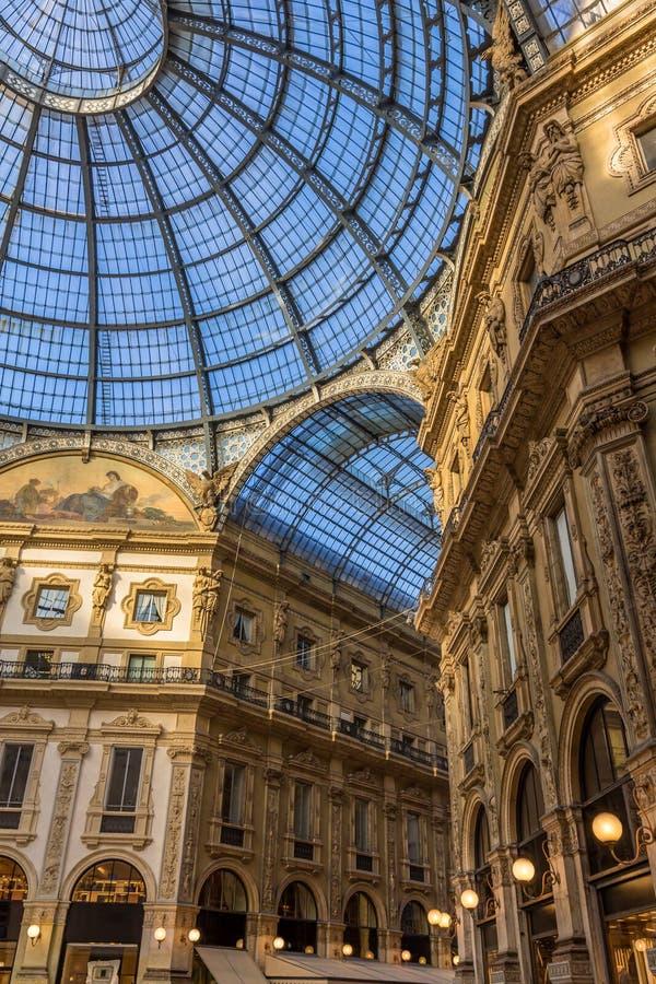 galleria ΙΙ του Emanuele vittorio του Μιλάνου στοκ φωτογραφία με δικαίωμα ελεύθερης χρήσης