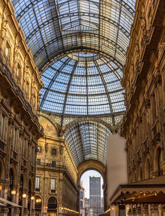 galleria ΙΙ του Emanuele vittorio του Μιλάνου στοκ εικόνες με δικαίωμα ελεύθερης χρήσης