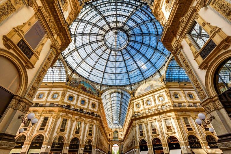 galleria ΙΙ του Emanuele vittorio του Μιλάνου στοκ φωτογραφίες με δικαίωμα ελεύθερης χρήσης