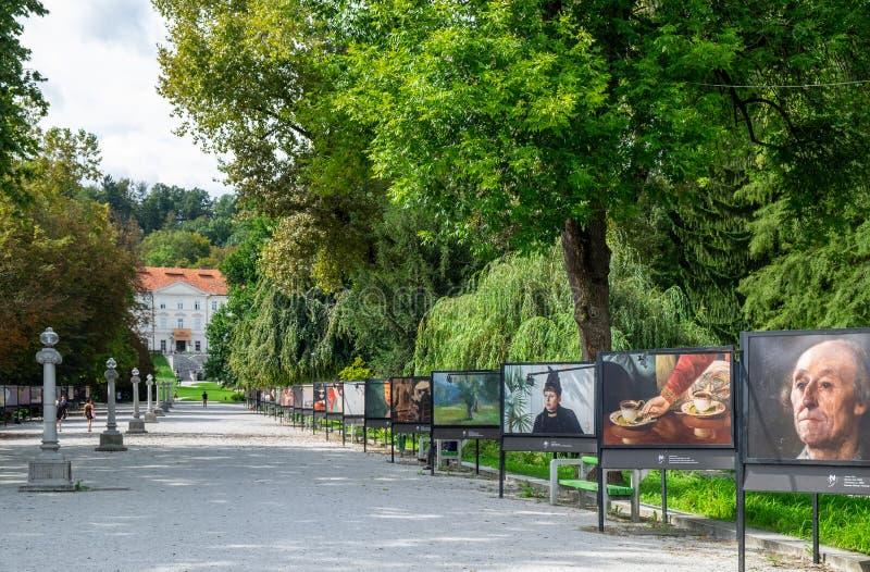 Galleria classica delle pitture nel parco della citt? di Tivoli a capitale slovena, Transferrina immagine stock