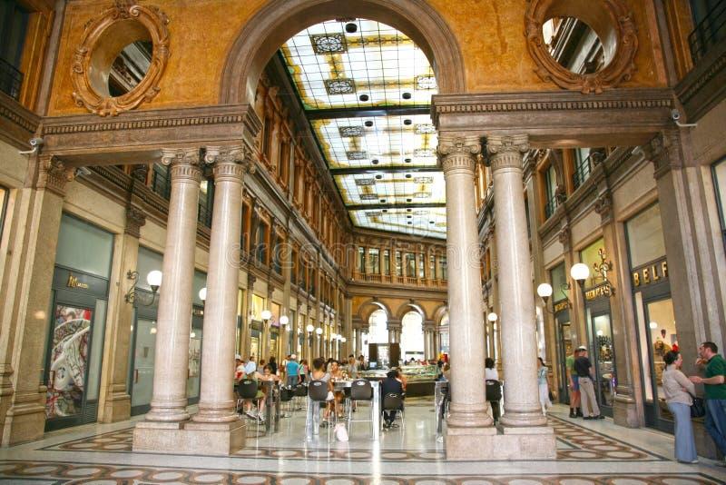 Galleria Colonna - Alberto Sordi en Roma Italia fotografía de archivo