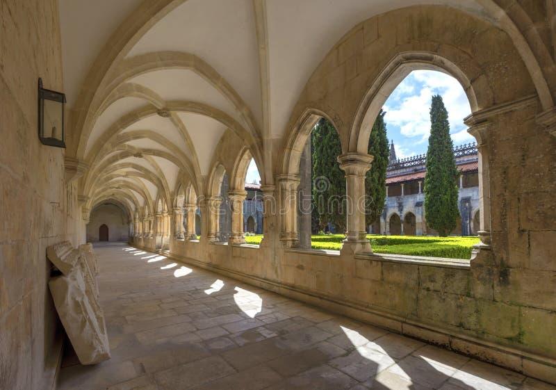 Galleria del cortile del monastero di Batalha immagine stock libera da diritti