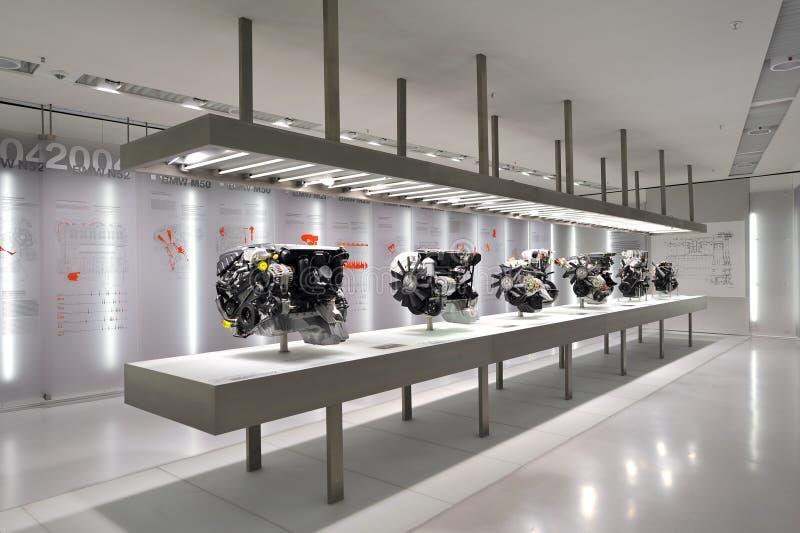 Galleria del motore nel museo di BMW immagine stock