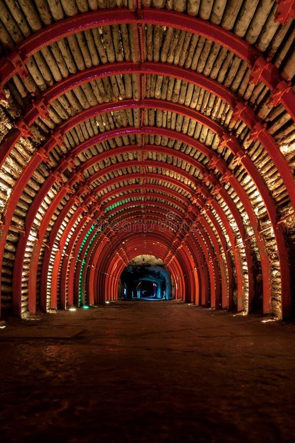 Galleria di accesso della cattedrale sotterranea del sale - Zipaquira, Colombia fotografia stock libera da diritti