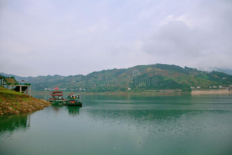 Download Galleria Di Yichang Qingjiang Immagine Stock - Immagine di yangtze, perla: 117979711