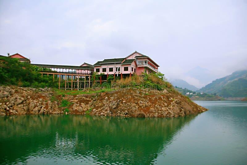 Download Galleria Di Yichang Qingjiang Immagine Stock - Immagine di radura, individuato: 117979713