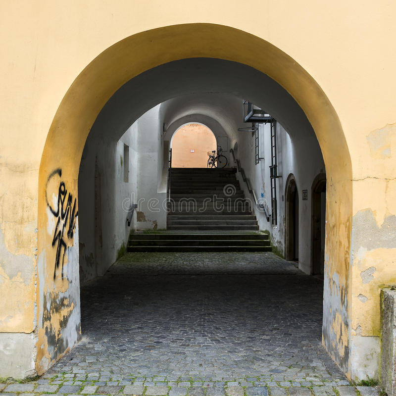 Galleria e passaggio dell'arco. fotografia stock libera da diritti