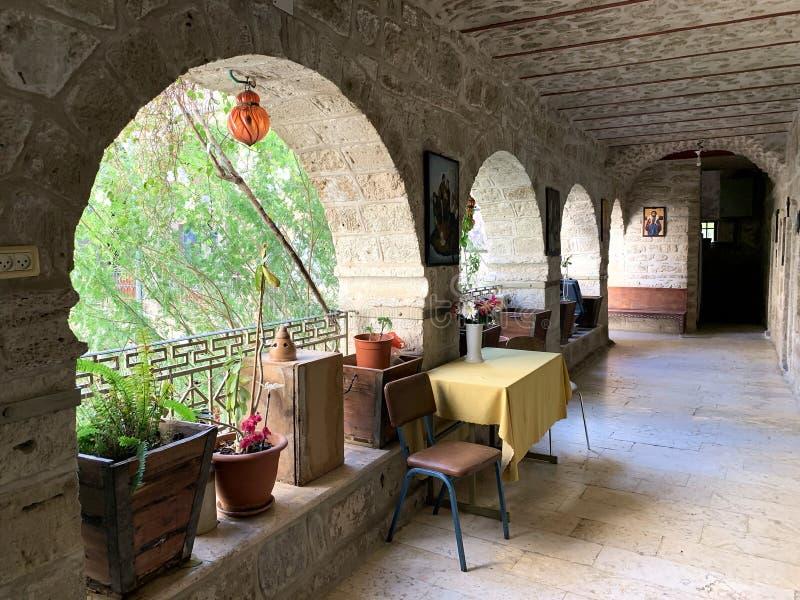 Galleria nel monastero di Gerasim, Giordania fotografia stock libera da diritti