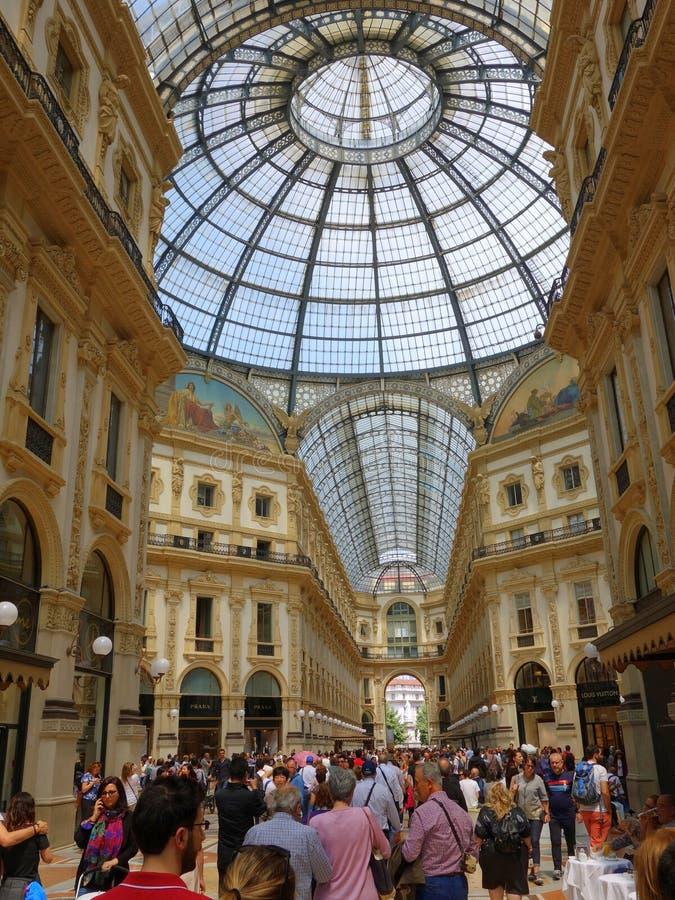 Galleria Vittoria Emanuele ΙΙ λεωφόρος αγορών στοκ φωτογραφία με δικαίωμα ελεύθερης χρήσης