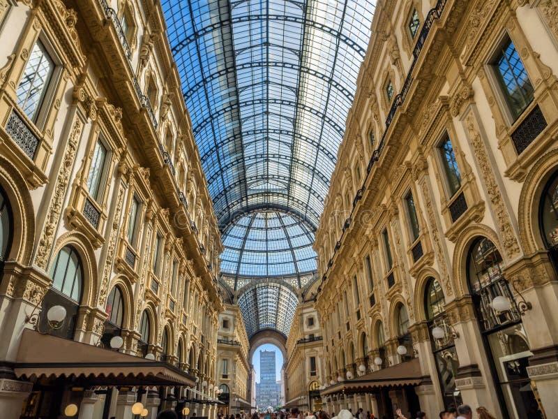 Galleria Vittorio Emanuele ΙΙ λεωφόρος τέχνης αγορών στο Μιλάνο στοκ φωτογραφία με δικαίωμα ελεύθερης χρήσης