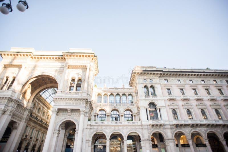 Galleria Vittorio Emanuele ΙΙ στην πλατεία del Duomo Cathedral στοκ εικόνα