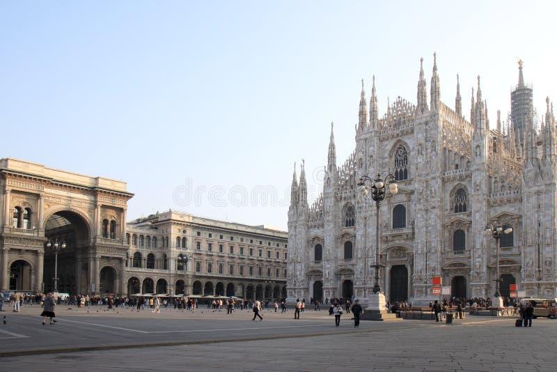 Galleria Vittorio Emanuele ΙΙ arcade και Duomo, Μιλάνο στοκ φωτογραφία με δικαίωμα ελεύθερης χρήσης