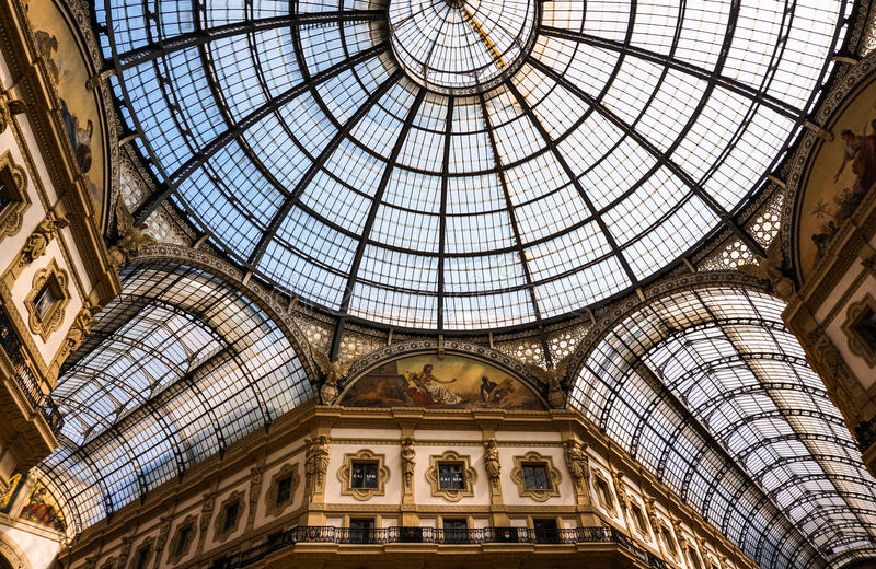Galleria Vittorio Emanuele II, Duomo Milaan Italië stock afbeeldingen