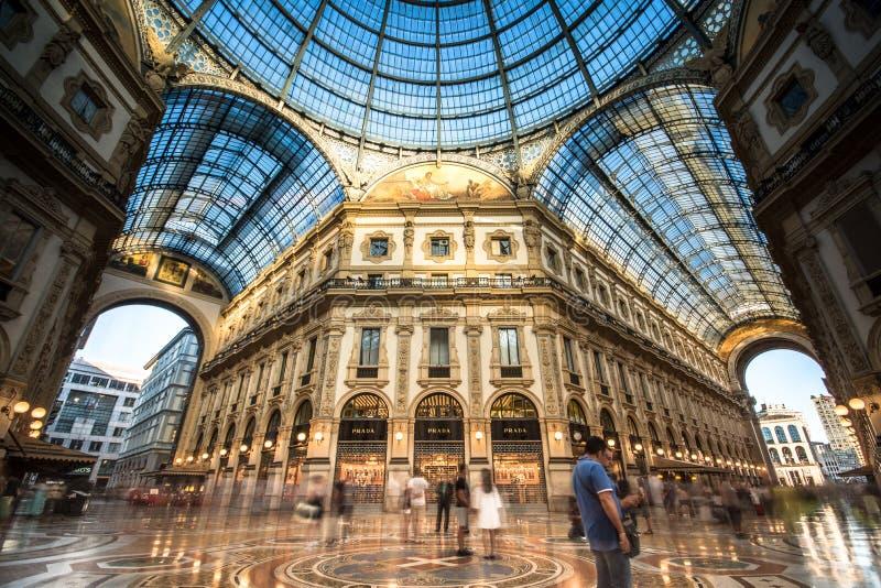 Galleria Vittorio Emanuele II en Milano fotografía de archivo