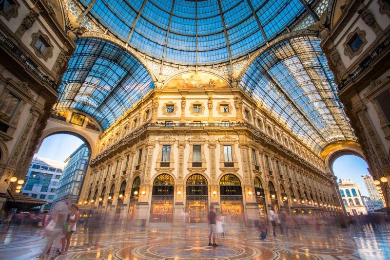 Galleria Vittorio Emanuele II en Milano imagen de archivo