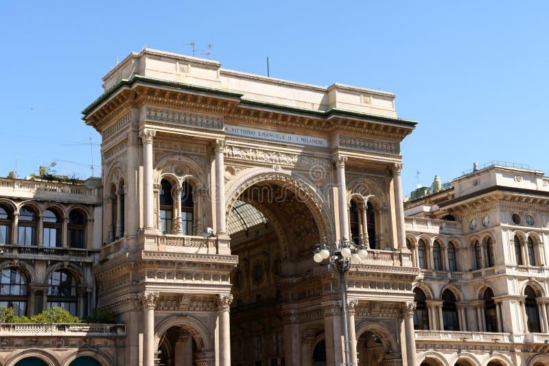 Galleria Vittorio Emanuele II i Milan royaltyfria bilder