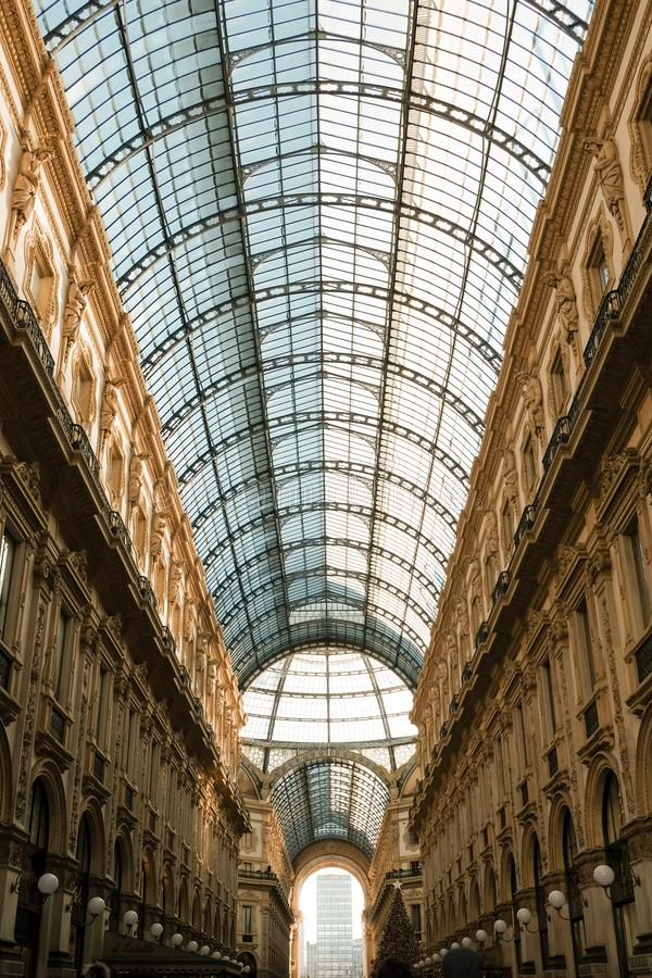 Galleria Vittorio Emanuele II Mailand - Glasdach lizenzfreie stockfotografie