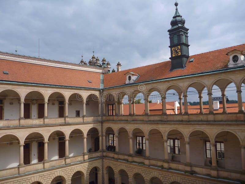 Gallerier på en Litomysl chateau arkivbild
